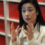 Facebookでご活躍中の女性〜寺原きよみさんの動画インタビュー