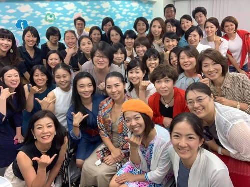 メルマガ読者が2000人になるときに  ちょうど 年商が2000万円になりました。